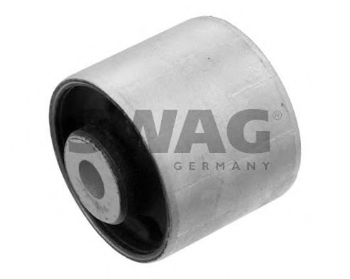 10 93 7949 Mounting, differential
