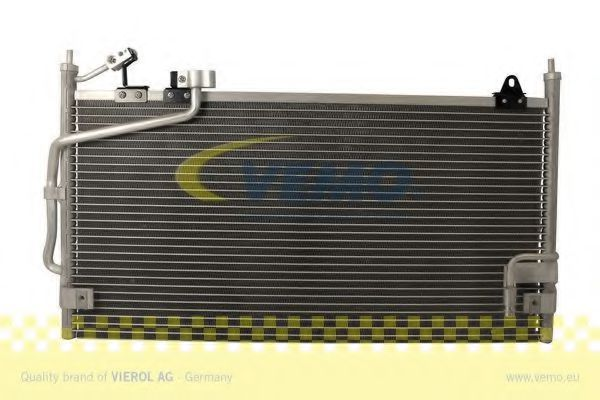 V32-62-0007 Air Conditioning Condenser, air conditioning